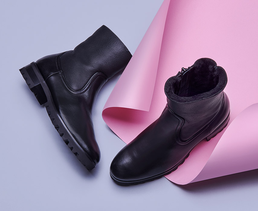 women's black padded ankle boot